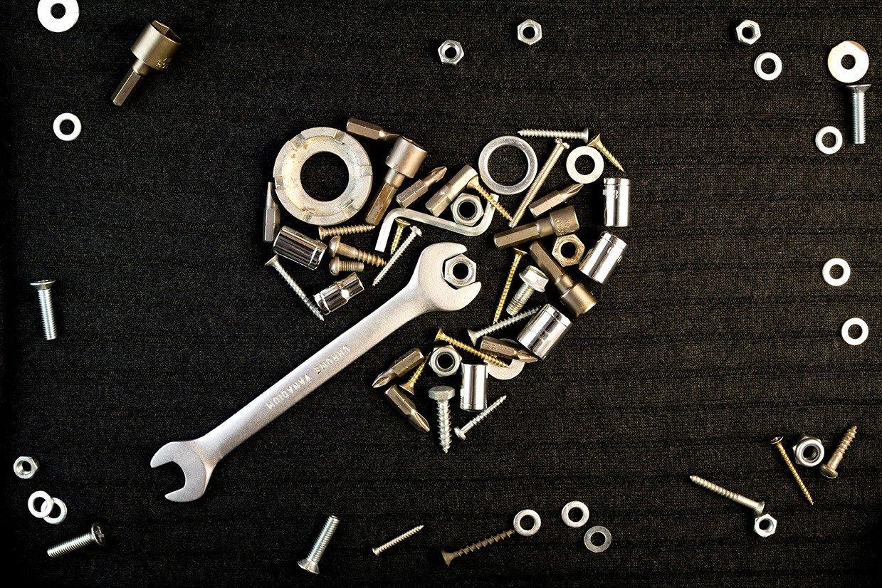 Ten Reasons You Should Date a Maintenance Engineer