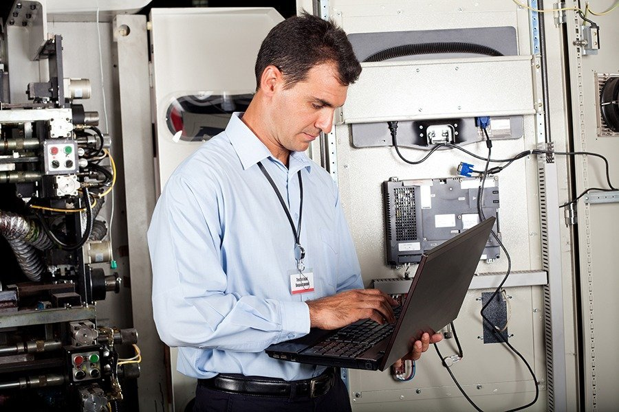 Six CMMS Features Your Techs Want